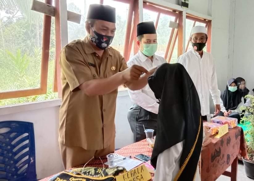 Perdana, Rumah Tahfidz Al-Qur'an Hidayatus Sholihin Laksanakan Wisuda Santri