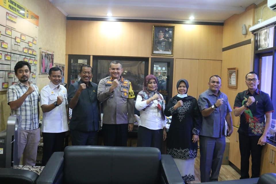Silaturrahmi dan Bangun Sinergitas, BK DPRD Kunjungi Polresta Pekanbaru