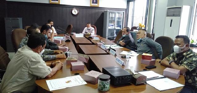 Bahas Usulan Pemekaran RT/RW, Komisi I DPRD Pekanbaru Rapat dengan Warga GTU